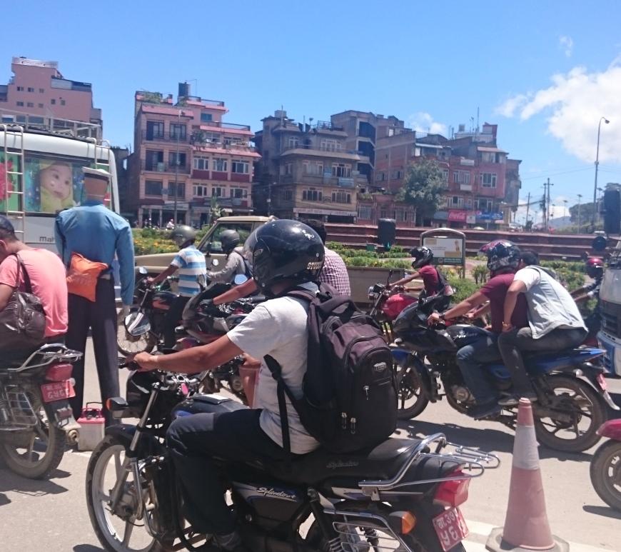 Nepal volunteers p gina 2 m s vale usar pantuflas que Mas alfombrar